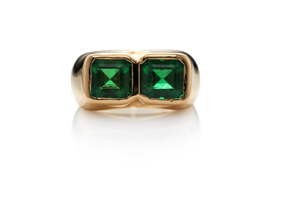 green-emerald-ring