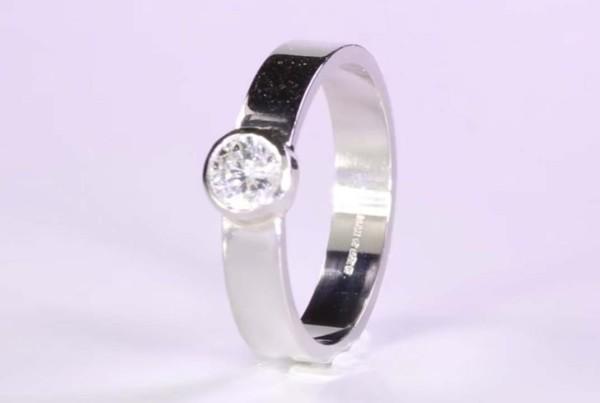 Diamond Flat Band Ring