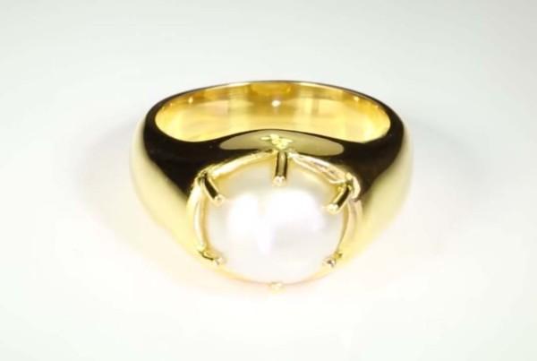 Pearl Set In Gold Ring v2