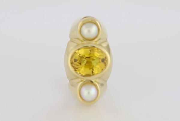 1Yellow Sapphire Oval Cut And Real Salt Water Pearls Set In Gold Ring