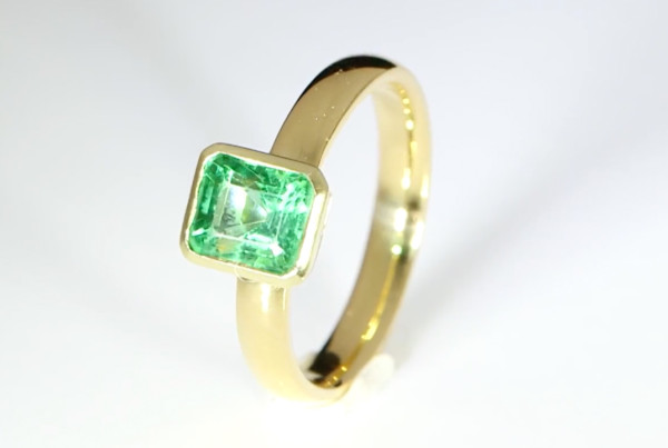 Emerald in Gold Ring