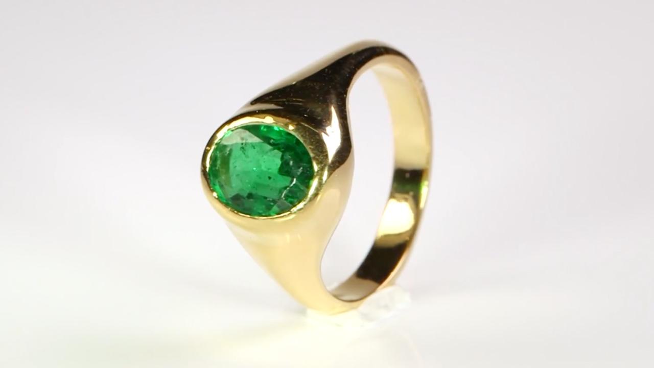 emerald oval cut set in gold ring prakash gem merchant