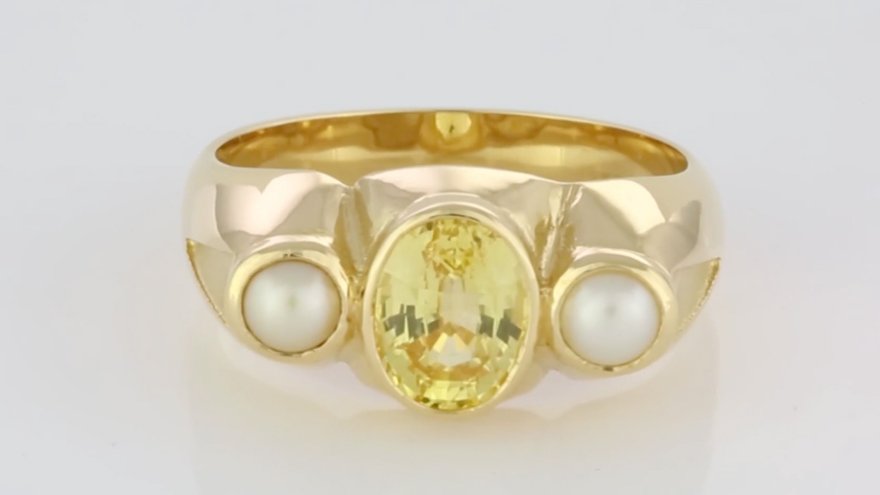 56278f082ee94 Yellow Sapphire Oval Shape And Two Real Salt Water Pearls Set In ...
