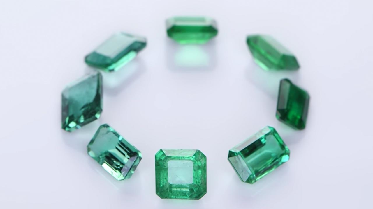 Collection of Green Sapphires - Prakash Gem Merchant