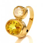 Golden Ring With Yellow Saphhire and White Pearl