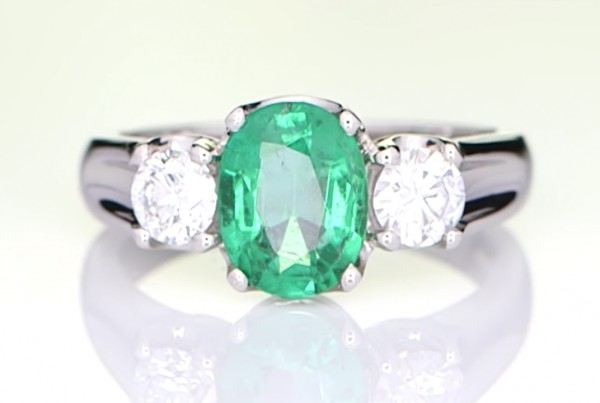 Emerald With Two Diamonds