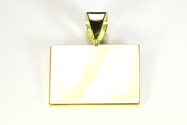 Fine Gold Square Pendant Cure